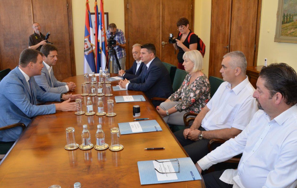 Mirovic-Za-infrastrukturne-projekte-u-AP-Vojvodini-330-miliona-dinara-1260x798